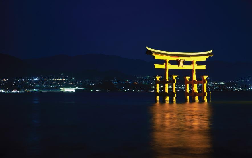 Miyajima torii night Travel Japan Regency Group